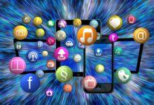 Graphic art depicting multiple Social Medis services logos